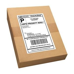 Caja con etiqueta de envío